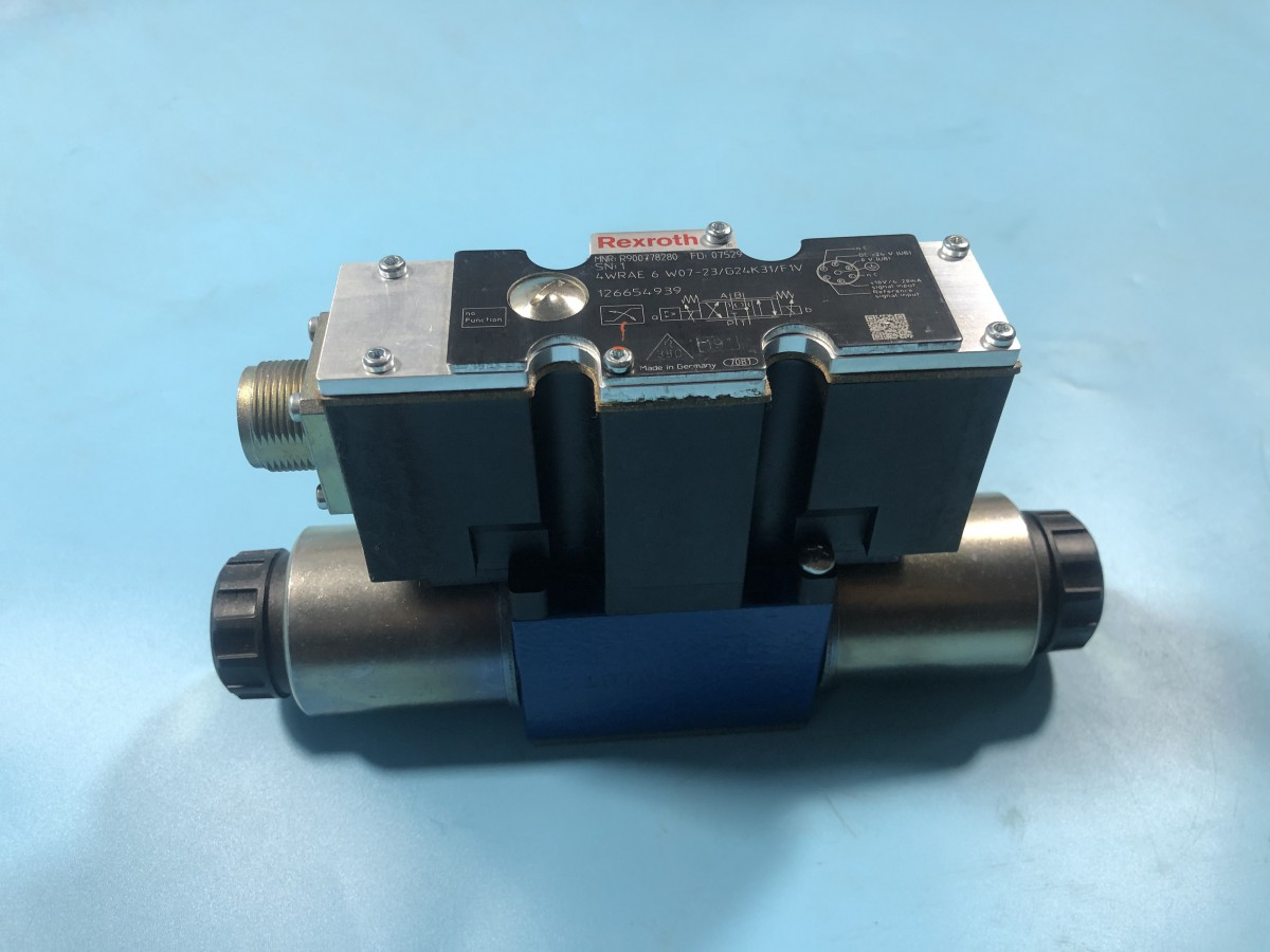 R900778280 4WRAE 6 W07-2X/G24K31/F1V