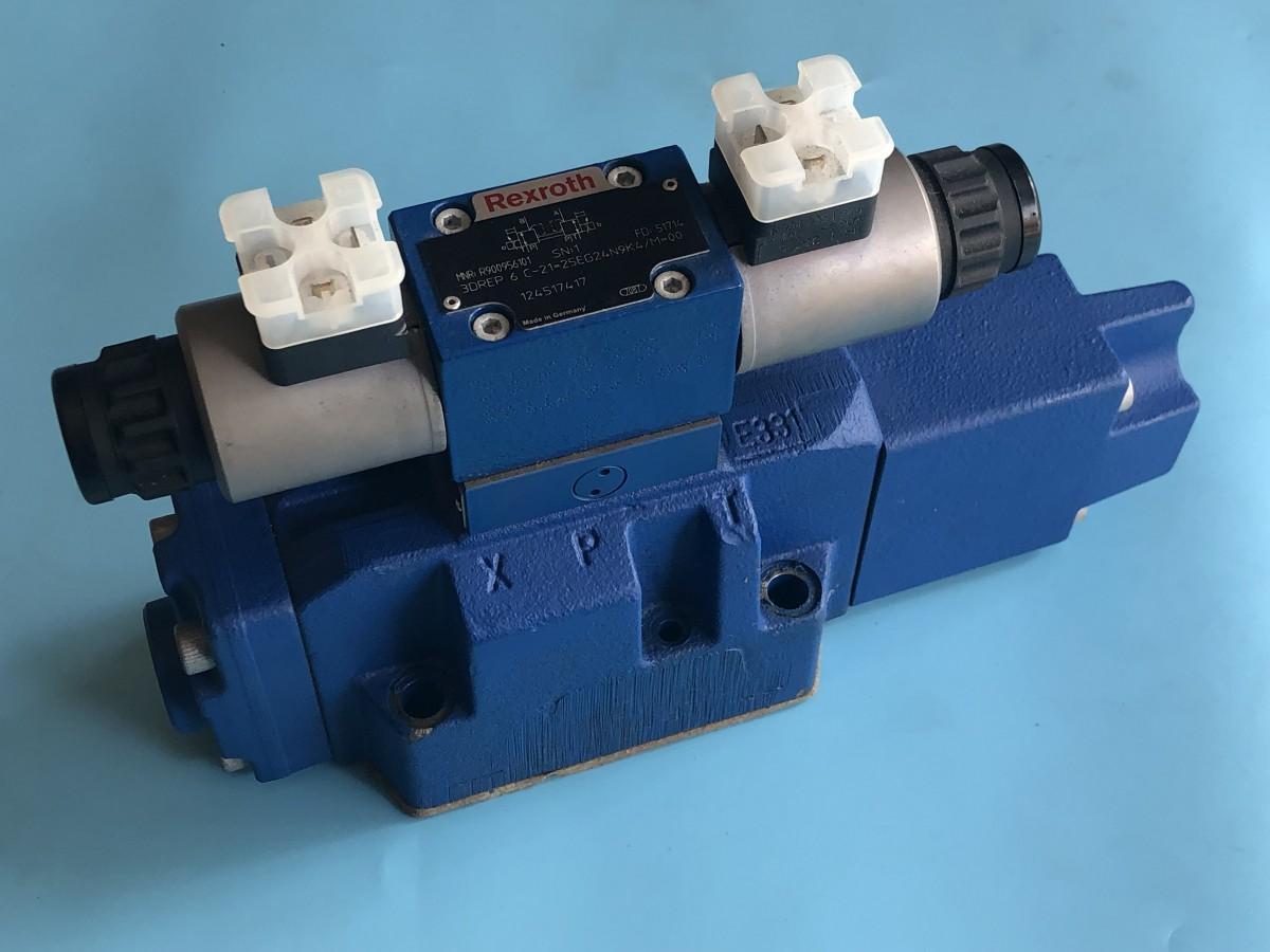 R900728586 4WRZ16W8-150-7X/6EG24N9K4/D3M