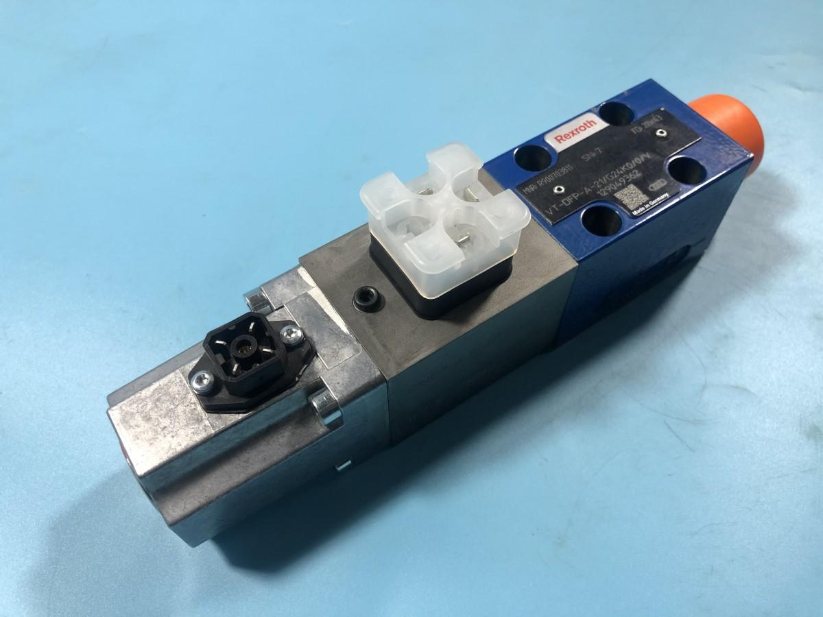 R900703811 VT-DFP-A-2X/G24K0/0/V