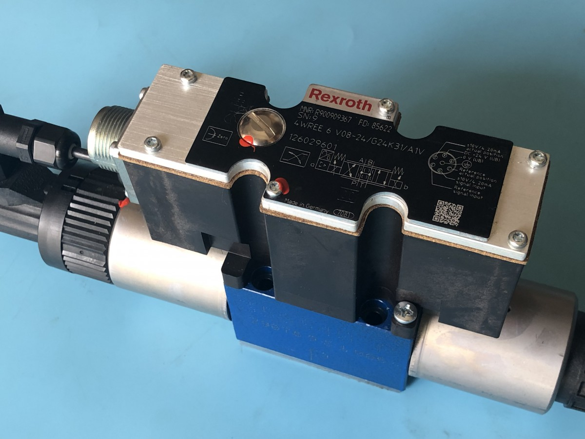 R900909367 4WREE 6 V08-2X/G24K31/A1V